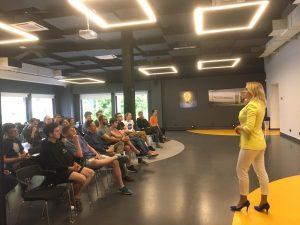 Лекция в UNIT Factory от Finevolution
